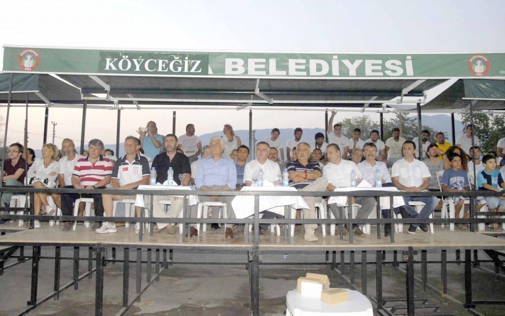 OKUN10005 10 - Köyceğiz'de plaj hentbolu