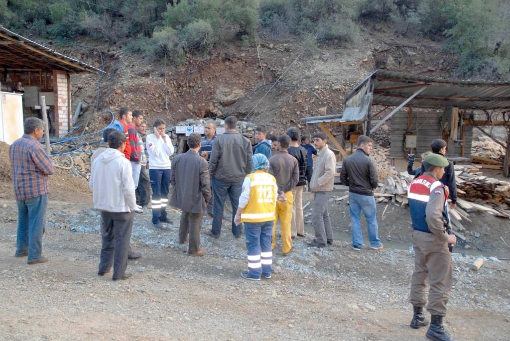 DSC 0808 - Maden ocağında göçük