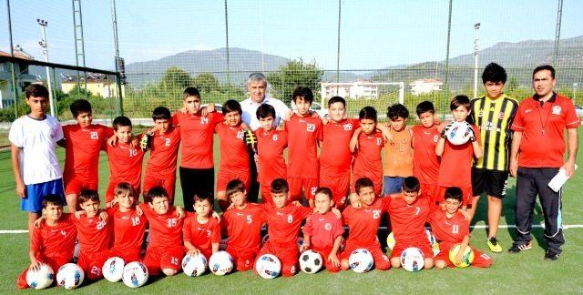 Belediye spor Yaz Futbol Okulu Açıldı
