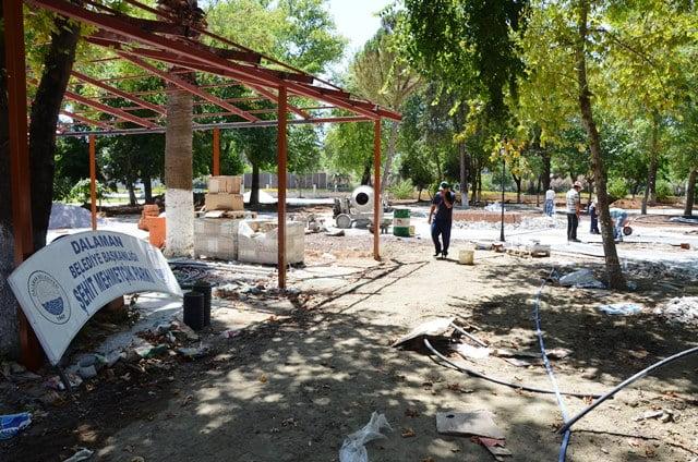 Mehmetçik Parkı'nda çalışmalar devam ediyor