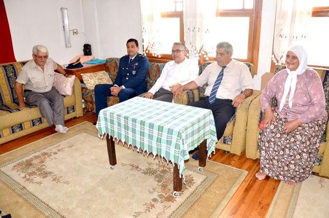 Dalaman Protokolü Şehit Aileleri ile bayramlaştı