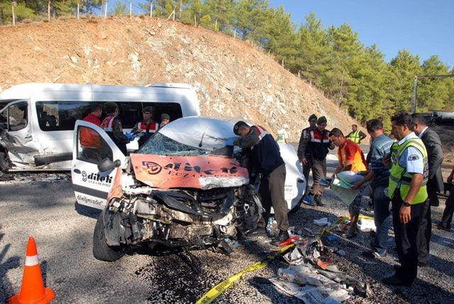 Köyceğiz'de Trafik Kazası: 1 Ölü 7 Yaralı