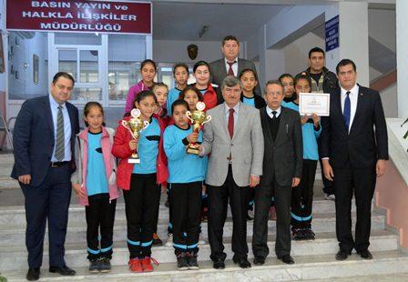 Köyceğiz'li kızlar Ege bölge şampiyonu