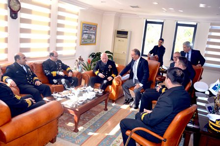 Komutanlardan Başkan Saatcı'ya ziyaret