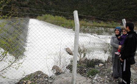 Aşırı yağışlar baraj kapaklarını açtırdı