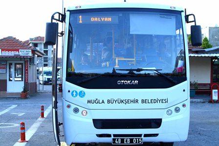 Büyükşehir otobüsleri yollarda