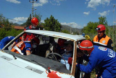 Dalaman'da zincirleme trafik kazası tatbikatı