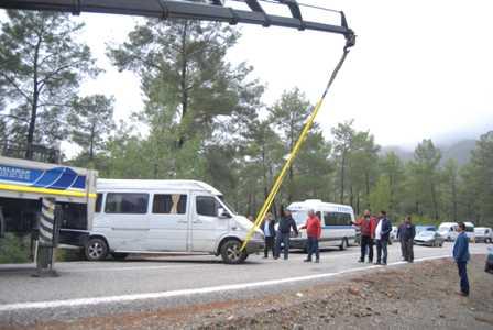 Göcek rampasında kaza: 8 yaralı