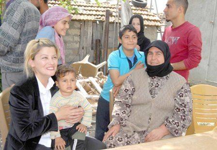 Aileleri ikna edilen Suriyeli çocuklar eğitime kazandırılıyor