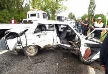 Tırafik kazası 1 ölü 1 i ağır 3 yaralı