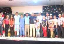 Genç tiyatroculardan muhteşem performans