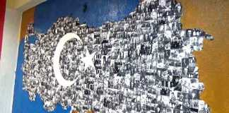 - Atatürk fotoğraflarından  Türkiye haritası, kitaplardan top arabası