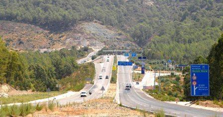 Dünyanın en uzun 3. tüneli bitti, Göcek tüneli bitmedi