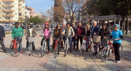"""2 1 - Bisiklet tutkunları Ortaca'da """"1 günlük kontak kapattı"""""""