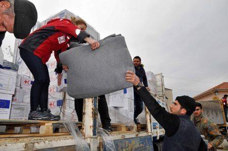 A 3 - 25 bin Suriyeli aileye yardım eli