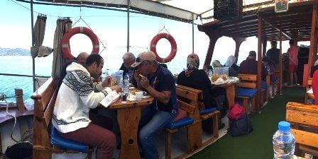 Şehit yakınları ve gaziler için tekne turu
