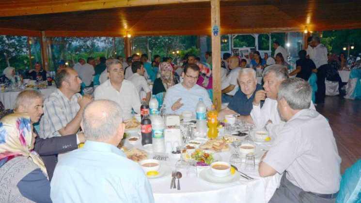 DSC 7729 - Dalaman İş Adamlarından  Şehit ve Gazi yakınlarına iftar yemeği