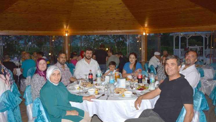 DSC 7733 - Dalaman İş Adamlarından  Şehit ve Gazi yakınlarına iftar yemeği
