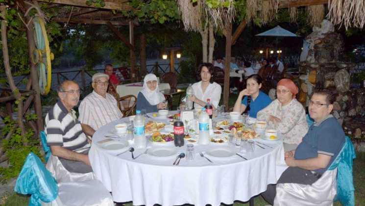 DSC 7738 - Dalaman İş Adamlarından  Şehit ve Gazi yakınlarına iftar yemeği
