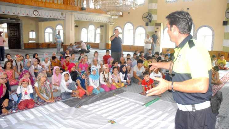 OMR 0186 - Dalaman'da Çocuklara camide trafik eğitimi