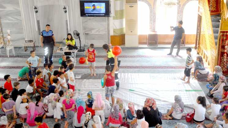 OMR 0189 - Dalaman'da Çocuklara camide trafik eğitimi