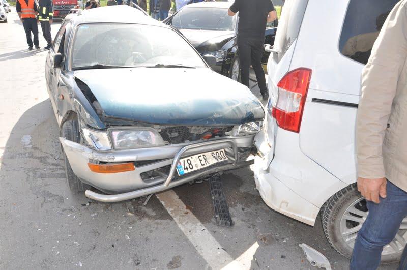 DSC 0291 - Dalaman'da zincirleme trafik kazası