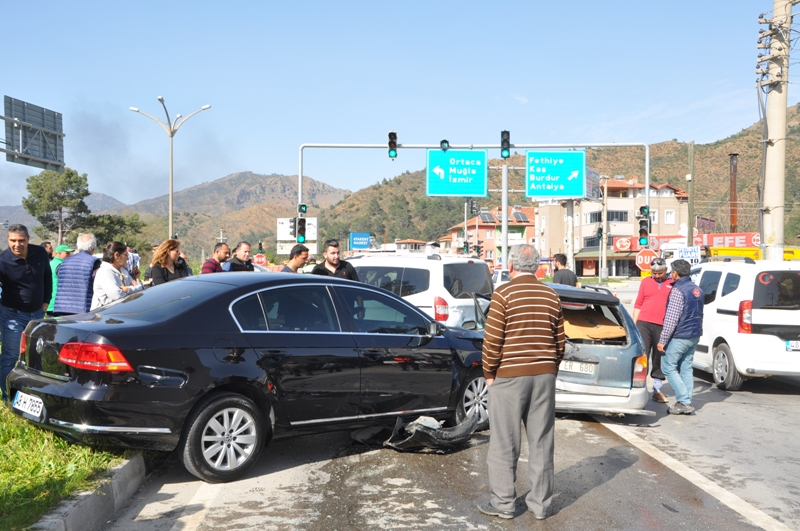 DSC 0294 - Dalaman'da zincirleme trafik kazası