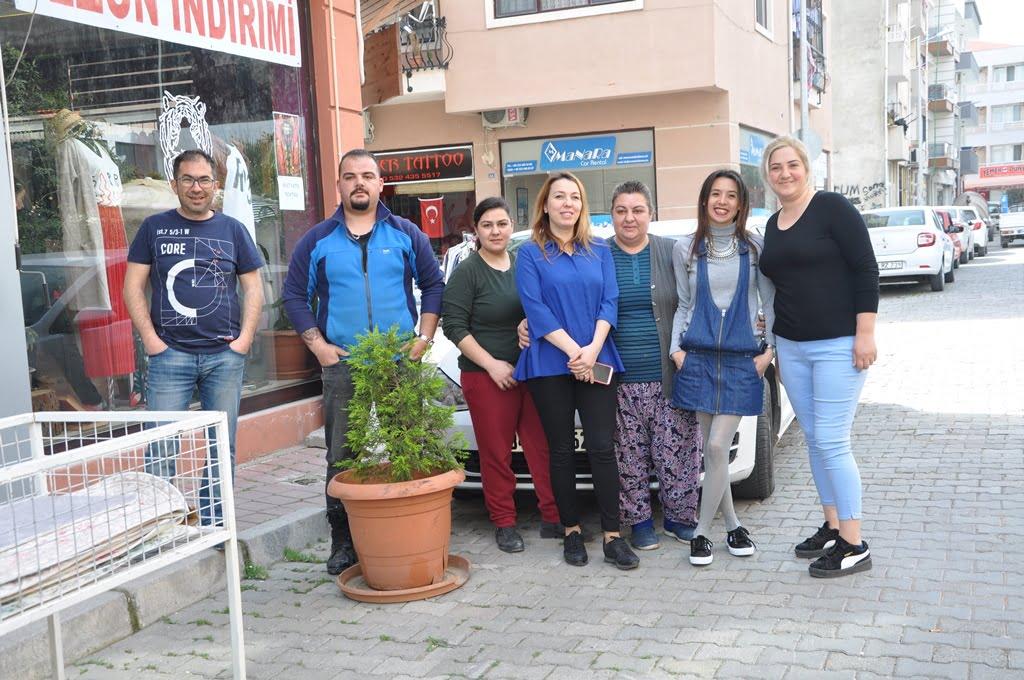 DSC 0331 1 - Kadın girişimciler Ege mahallesini canlandırdı
