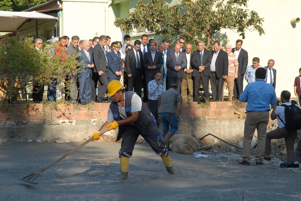 OMR 0107 - Dalaman belediyesi kolları sıvadı