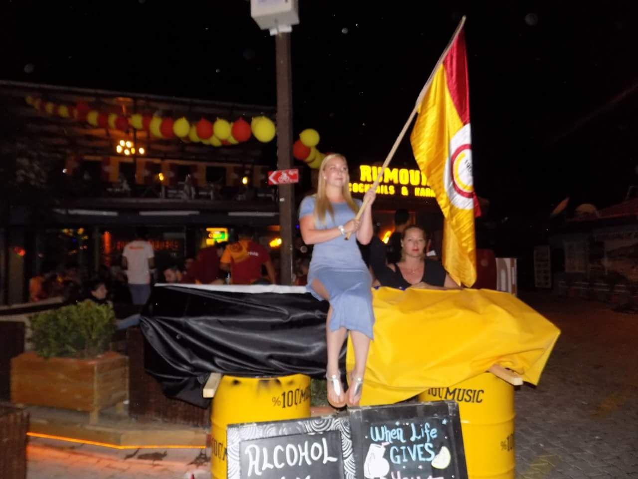 IMG 20180520 WA0061 - Dalaman'da Galatasaray'ın şampiyonluk kutlaması